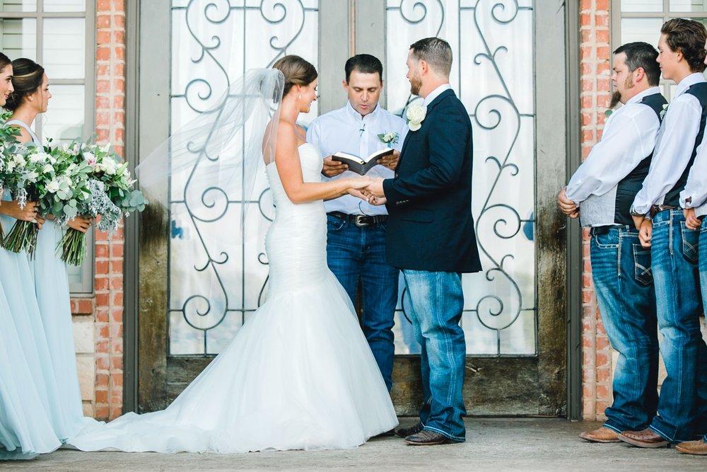BAILEY_AND_SCOTLAND_CHURCH_ALLEEJ_LUBBOCK_WEDDING_PHOTOGRAPHER_0076.jpg