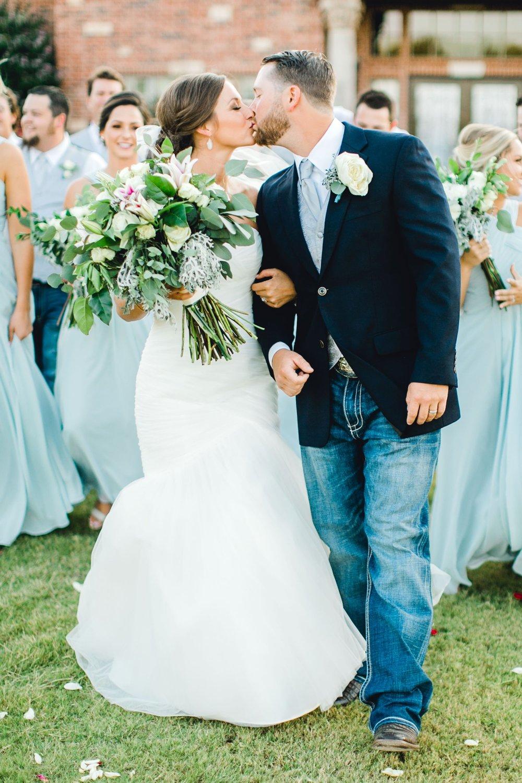 BAILEY_AND_SCOTLAND_CHURCH_ALLEEJ_LUBBOCK_WEDDING_PHOTOGRAPHER_0085.jpg