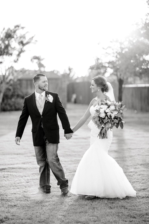 BAILEY_AND_SCOTLAND_CHURCH_ALLEEJ_LUBBOCK_WEDDING_PHOTOGRAPHER_0094.jpg