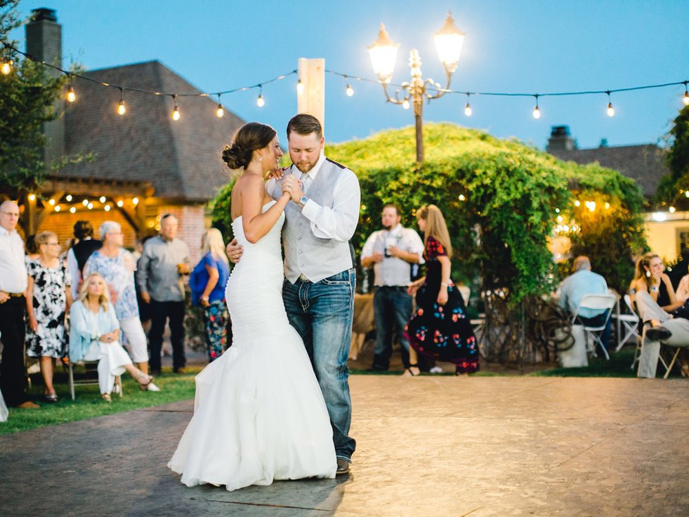 BAILEY_AND_SCOTLAND_CHURCH_ALLEEJ_LUBBOCK_WEDDING_PHOTOGRAPHER_0163.jpg