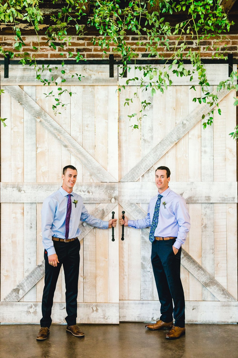 KAITLYN_AND_ZACHARY_HUNT_ALLEEJ_LUBBOCK_WEDDING_PHOTOGRAPHER_EBERLEY_BROOKS_EVENTS_0094.jpg