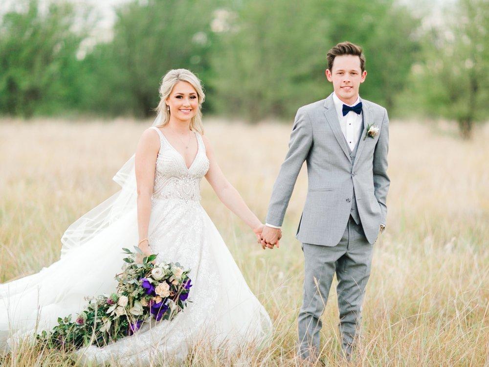 KAITLYN_AND_ZACHARY_HUNT_ALLEEJ_LUBBOCK_WEDDING_PHOTOGRAPHER_EBERLEY_BROOKS_EVENTS_0136.jpg