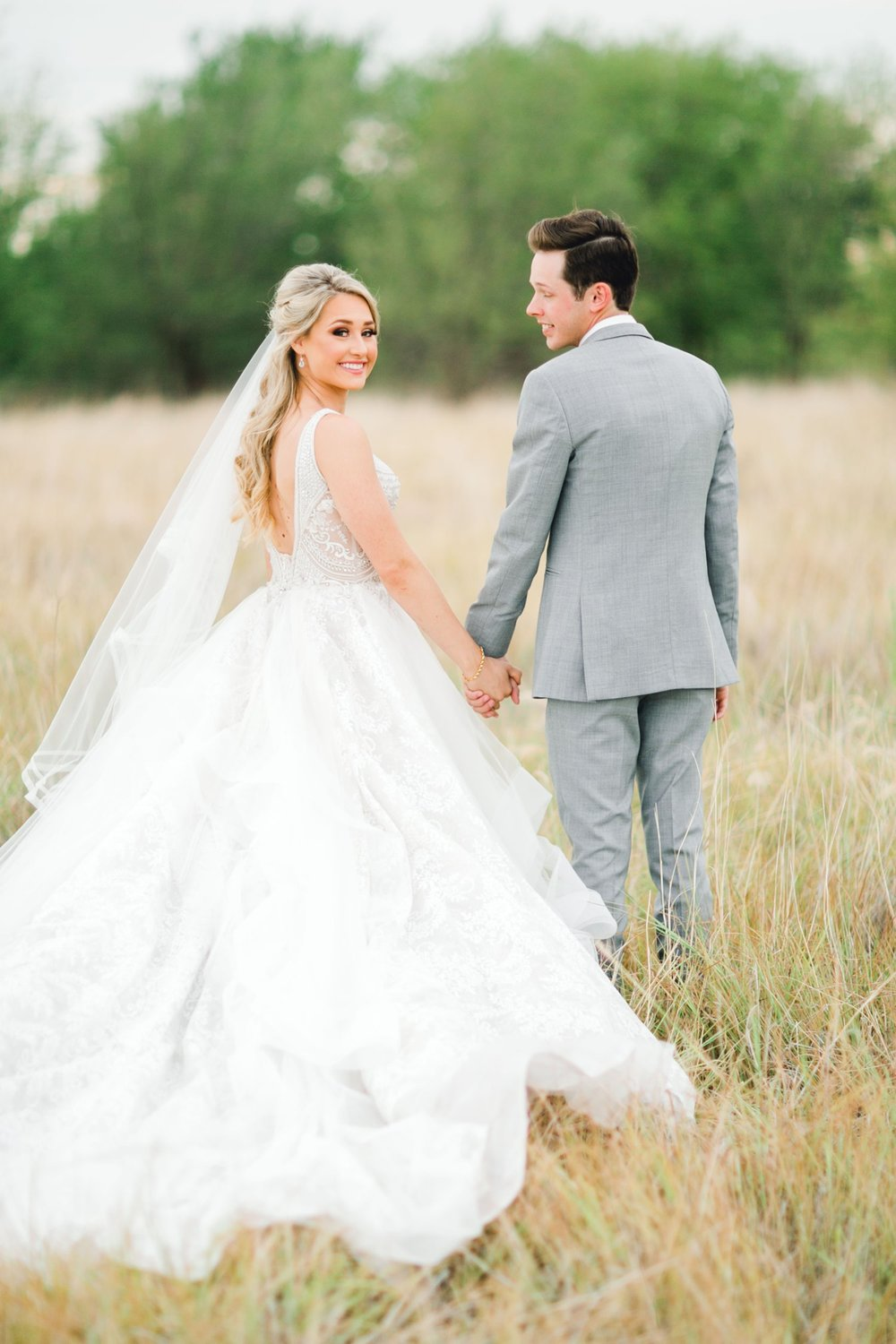 KAITLYN_AND_ZACHARY_HUNT_ALLEEJ_LUBBOCK_WEDDING_PHOTOGRAPHER_EBERLEY_BROOKS_EVENTS_0145.jpg