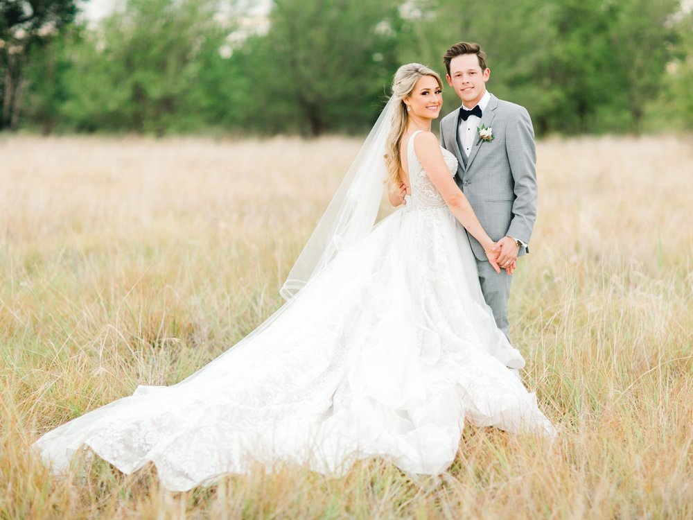 KAITLYN_AND_ZACHARY_HUNT_ALLEEJ_LUBBOCK_WEDDING_PHOTOGRAPHER_EBERLEY_BROOKS_EVENTS_0147.jpg