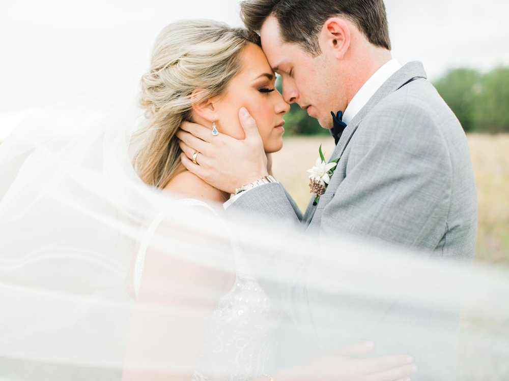 KAITLYN_AND_ZACHARY_HUNT_ALLEEJ_LUBBOCK_WEDDING_PHOTOGRAPHER_EBERLEY_BROOKS_EVENTS_0148.jpg
