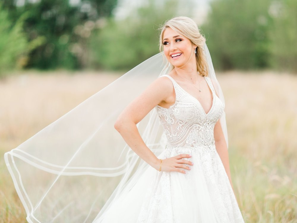 KAITLYN_AND_ZACHARY_HUNT_ALLEEJ_LUBBOCK_WEDDING_PHOTOGRAPHER_EBERLEY_BROOKS_EVENTS_0150.jpg