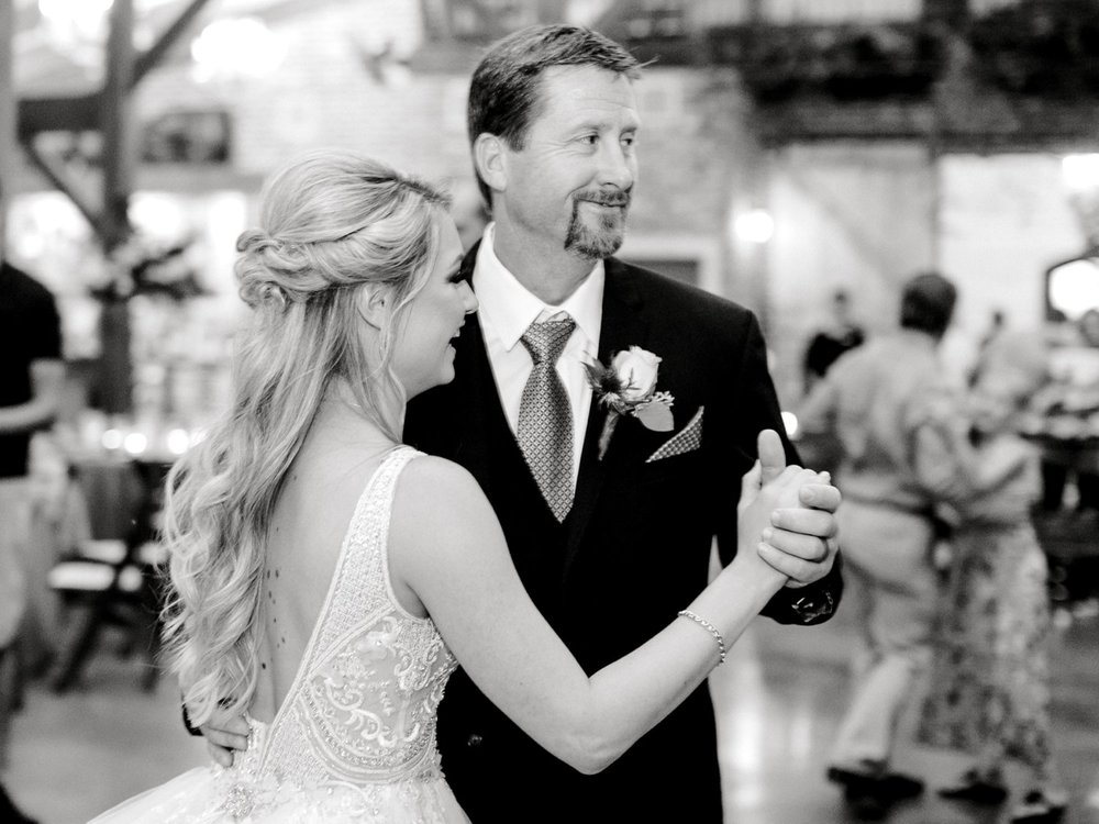 KAITLYN_AND_ZACHARY_HUNT_ALLEEJ_LUBBOCK_WEDDING_PHOTOGRAPHER_EBERLEY_BROOKS_EVENTS_0200.jpg
