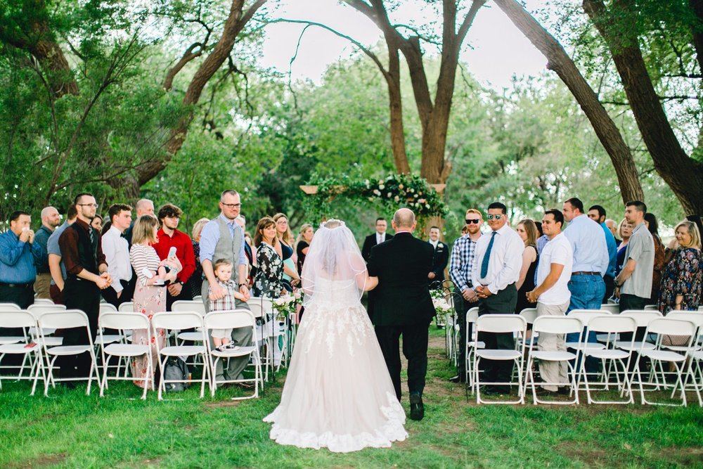 SARAH_AND_GEOFFREY_SHARP_SPIRIT_RANCH_WEDDING_ALLEEJ_LUBBOCK_TX_0037.jpg