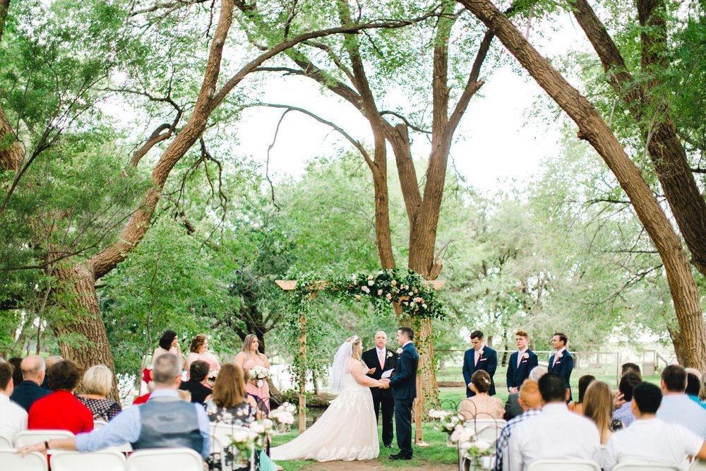 SARAH_AND_GEOFFREY_SHARP_SPIRIT_RANCH_WEDDING_ALLEEJ_LUBBOCK_TX_0056.jpg