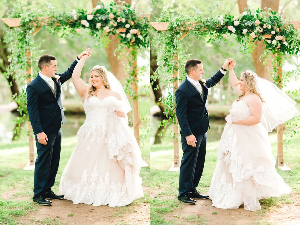 SARAH_AND_GEOFFREY_SHARP_SPIRIT_RANCH_WEDDING_ALLEEJ_LUBBOCK_TX_0094.jpg