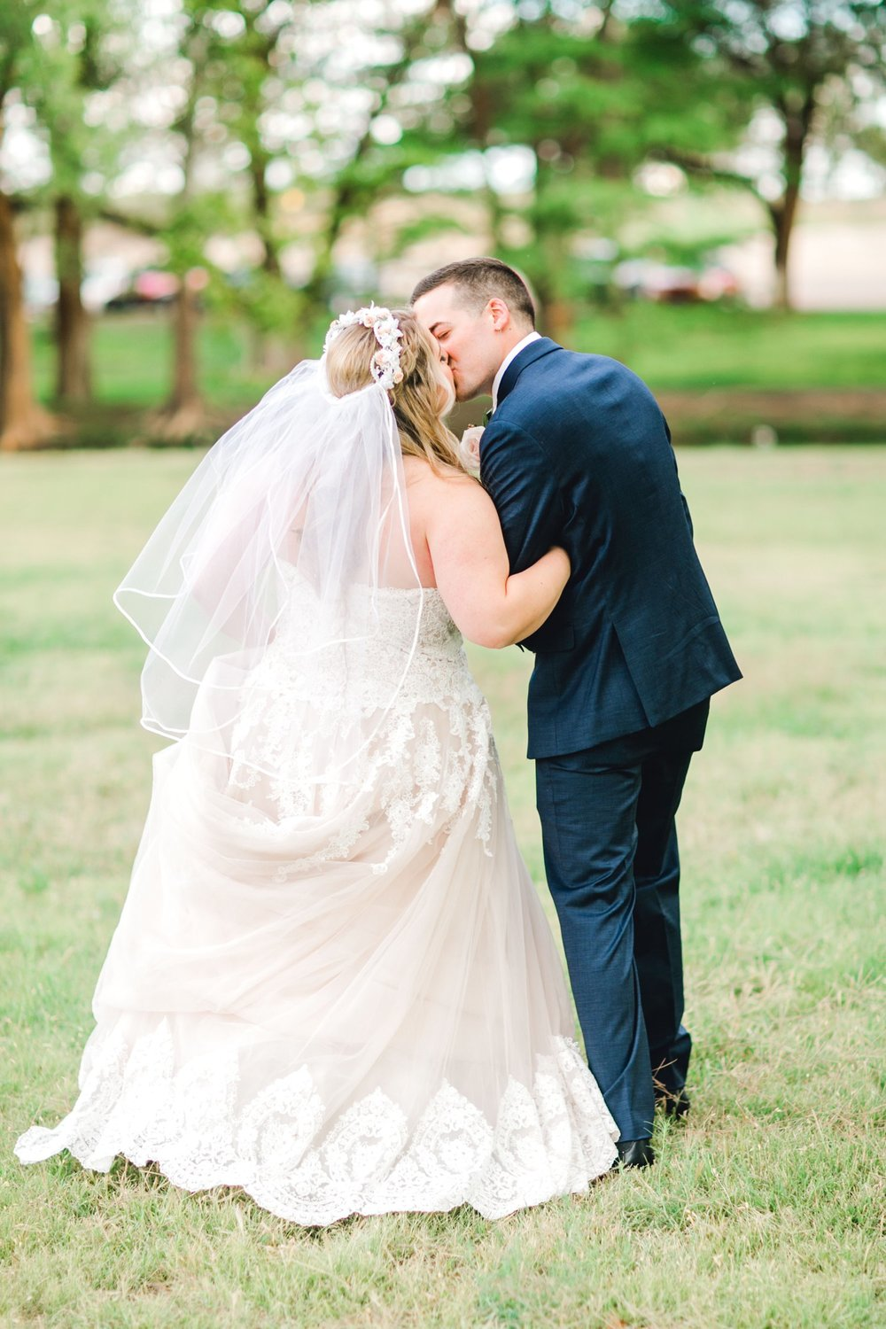 SARAH_AND_GEOFFREY_SHARP_SPIRIT_RANCH_WEDDING_ALLEEJ_LUBBOCK_TX_0107.jpg