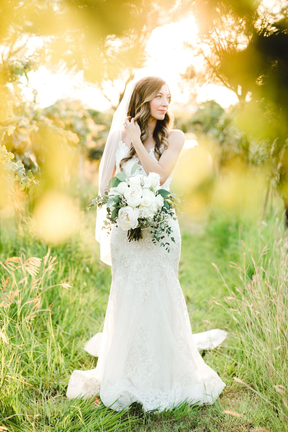 Ashley_Parr_Bridals_ALLEEJ_caprock_winery_romantic_elegant0020.jpg
