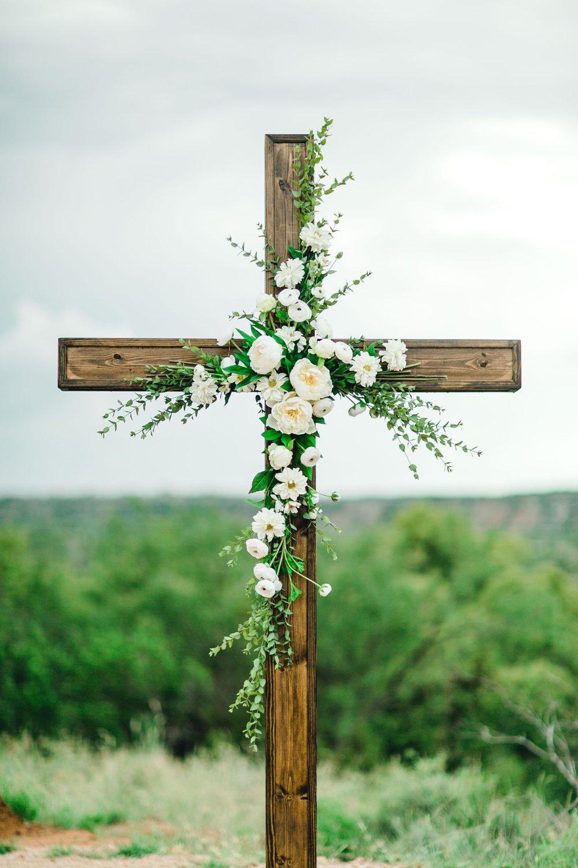 Ashley_John_English_Elegant_Texas_Wedding_Outdoors_Ranch_Caprock_Winery_ALLEEJ_0091.jpg