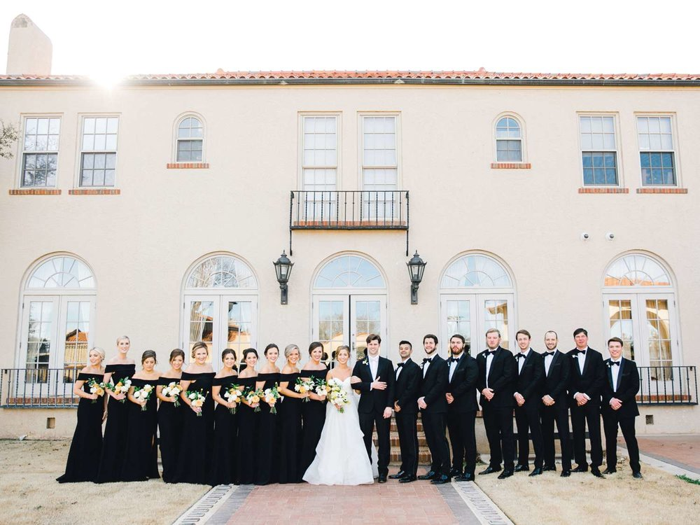 MARLEE+LLOYD+MORGAN+ALLEEJ+TEXAS+TECH+MERKET+ALUMNI+WEDDINGS+LUBBOCK+WEST+TABLE+CLASSIC+SPAIN_0082.jpg