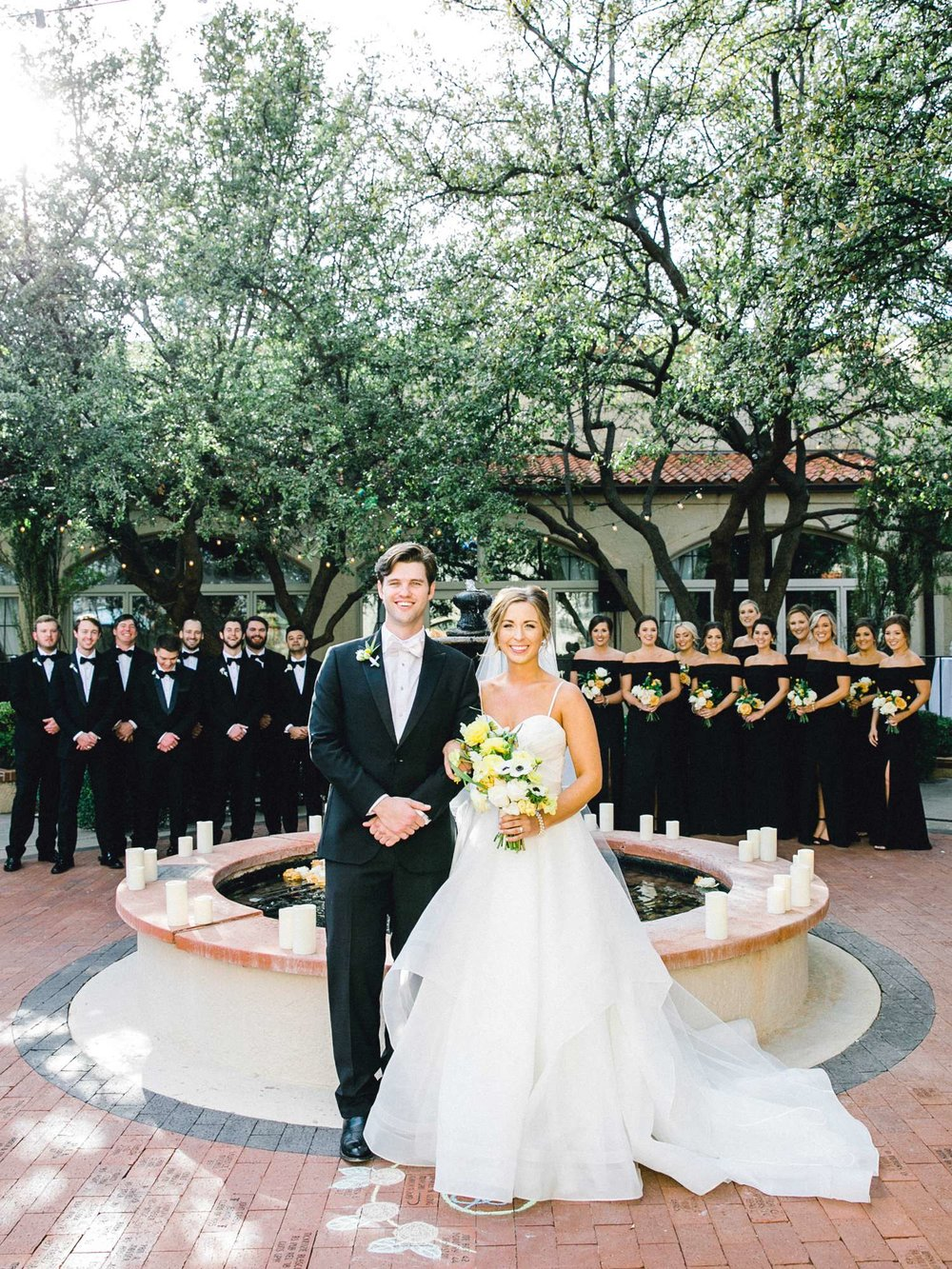 MARLEE+LLOYD+MORGAN+ALLEEJ+TEXAS+TECH+MERKET+ALUMNI+WEDDINGS+LUBBOCK+WEST+TABLE+CLASSIC+SPAIN_0096.jpg