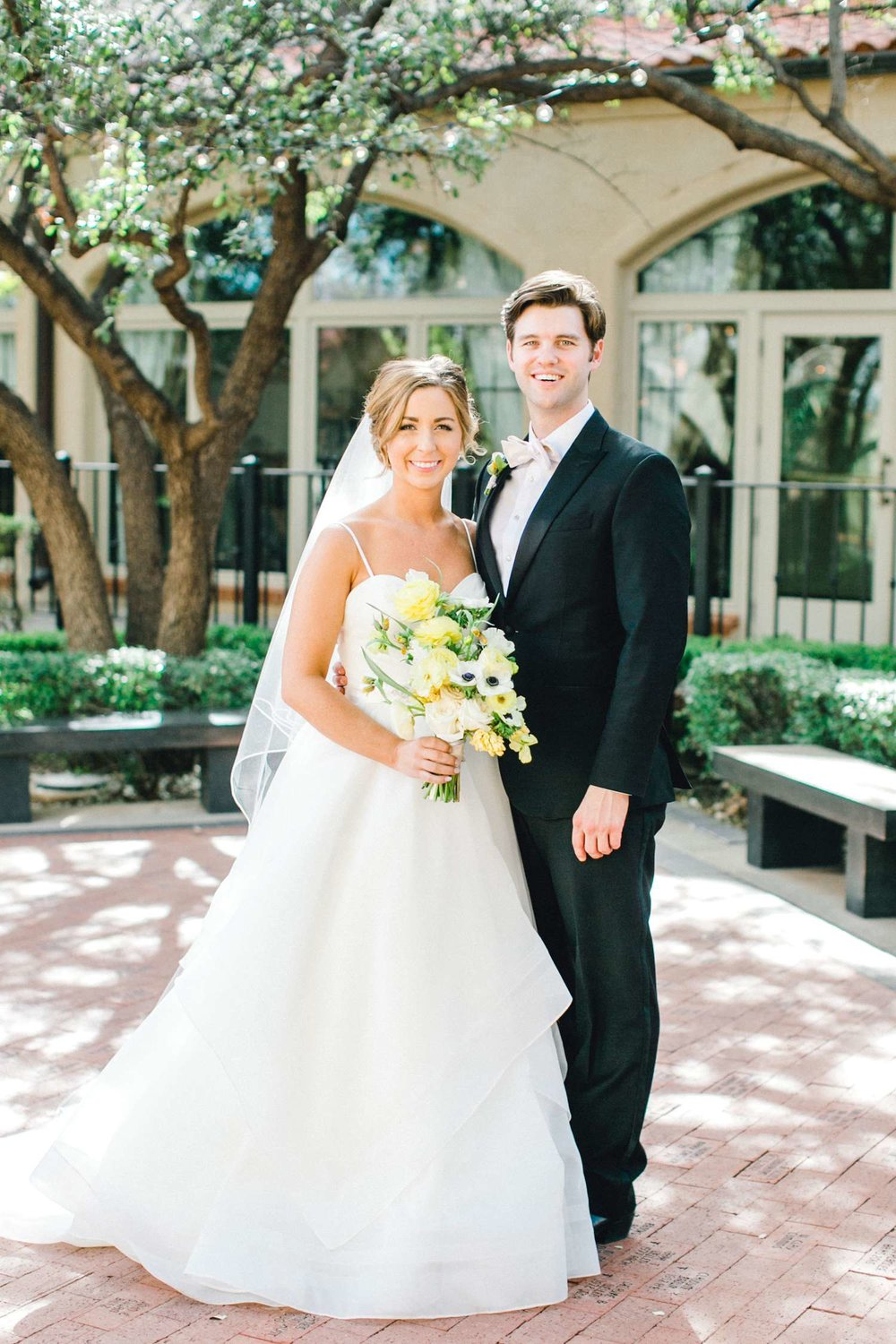 MARLEE+LLOYD+MORGAN+ALLEEJ+TEXAS+TECH+MERKET+ALUMNI+WEDDINGS+LUBBOCK+WEST+TABLE+CLASSIC+SPAIN_0104.jpg