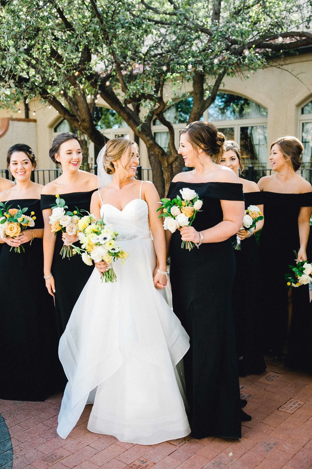 MARLEE+LLOYD+MORGAN+ALLEEJ+TEXAS+TECH+MERKET+ALUMNI+WEDDINGS+LUBBOCK+WEST+TABLE+CLASSIC+SPAIN_0110.jpg