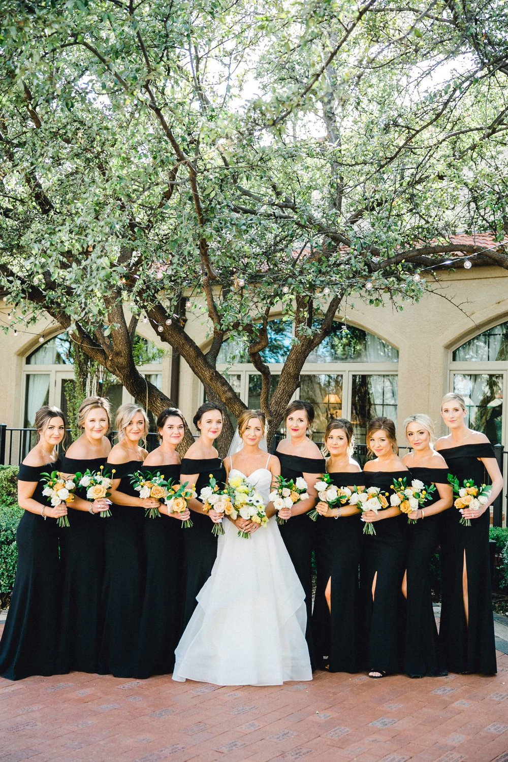 MARLEE+LLOYD+MORGAN+ALLEEJ+TEXAS+TECH+MERKET+ALUMNI+WEDDINGS+LUBBOCK+WEST+TABLE+CLASSIC+SPAIN_0112.jpg