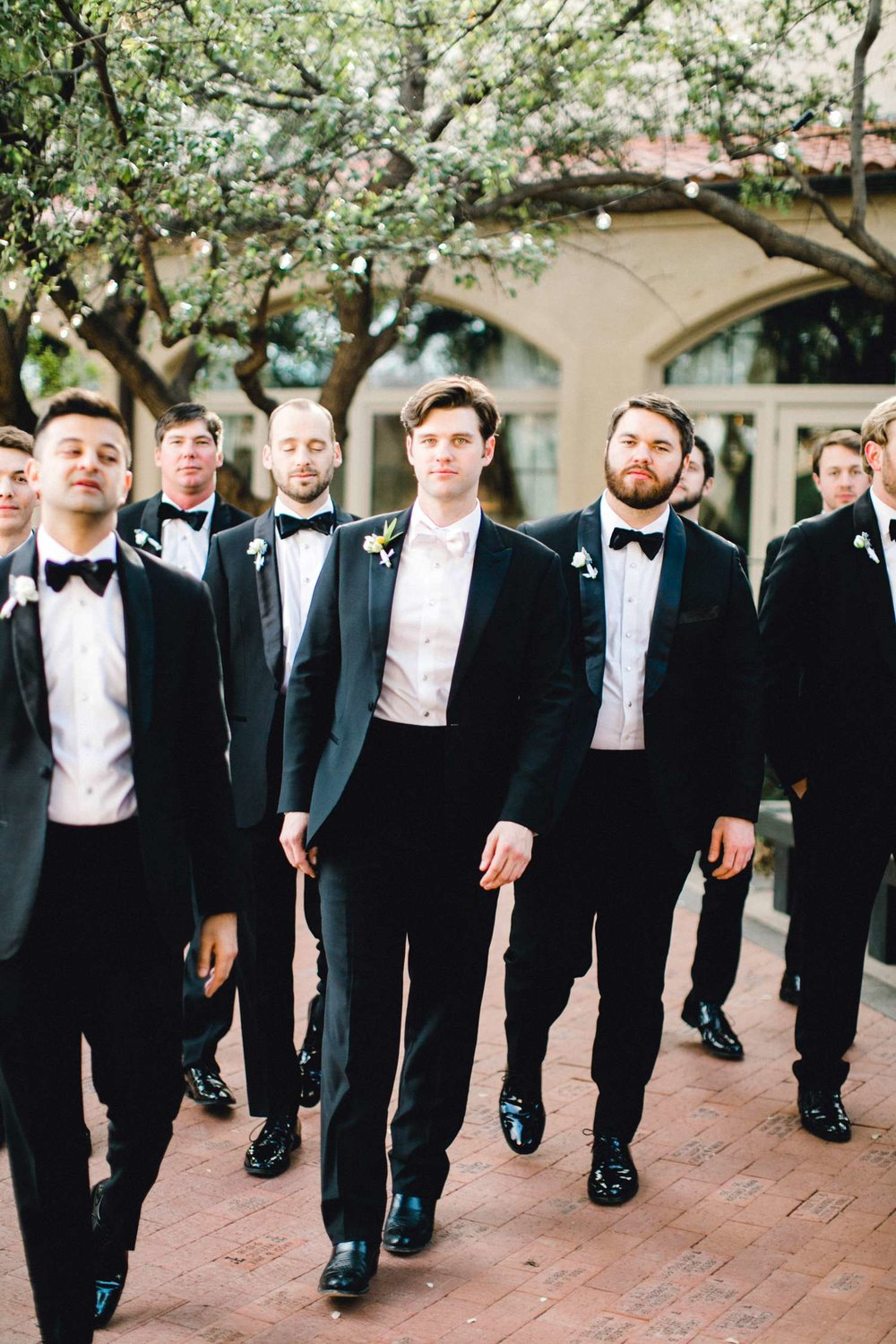 MARLEE+LLOYD+MORGAN+ALLEEJ+TEXAS+TECH+MERKET+ALUMNI+WEDDINGS+LUBBOCK+WEST+TABLE+CLASSIC+SPAIN_0117.jpg