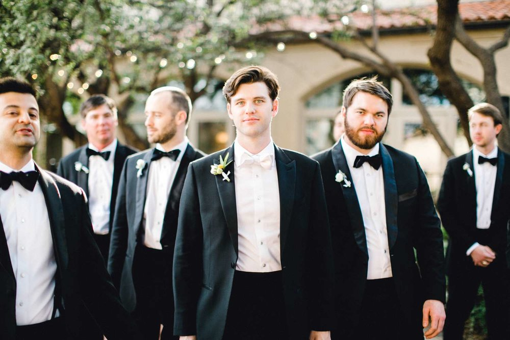 MARLEE+LLOYD+MORGAN+ALLEEJ+TEXAS+TECH+MERKET+ALUMNI+WEDDINGS+LUBBOCK+WEST+TABLE+CLASSIC+SPAIN_0118.jpg