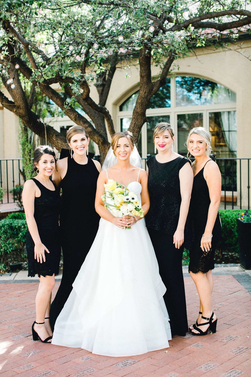 MARLEE+LLOYD+MORGAN+ALLEEJ+TEXAS+TECH+MERKET+ALUMNI+WEDDINGS+LUBBOCK+WEST+TABLE+CLASSIC+SPAIN_0120.jpg