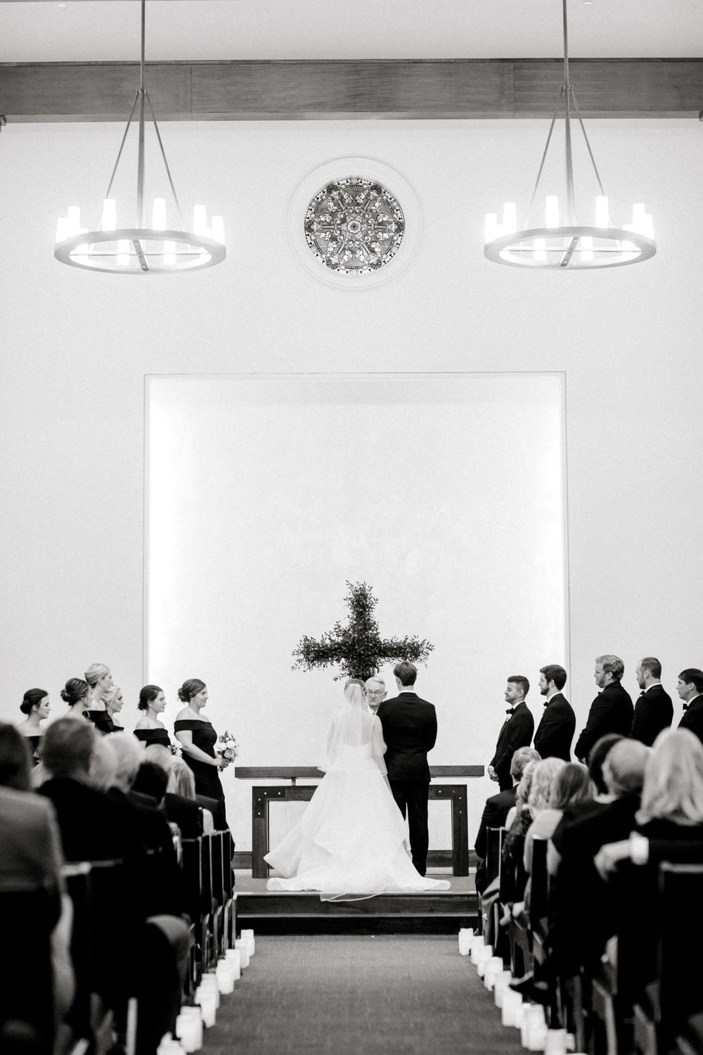 MARLEE+LLOYD+MORGAN+ALLEEJ+TEXAS+TECH+MERKET+ALUMNI+WEDDINGS+LUBBOCK+WEST+TABLE+CLASSIC+SPAIN_0158.jpg