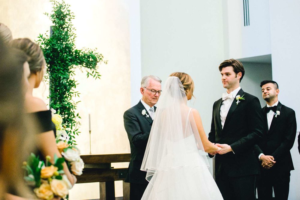 MARLEE+LLOYD+MORGAN+ALLEEJ+TEXAS+TECH+MERKET+ALUMNI+WEDDINGS+LUBBOCK+WEST+TABLE+CLASSIC+SPAIN_0169.jpg