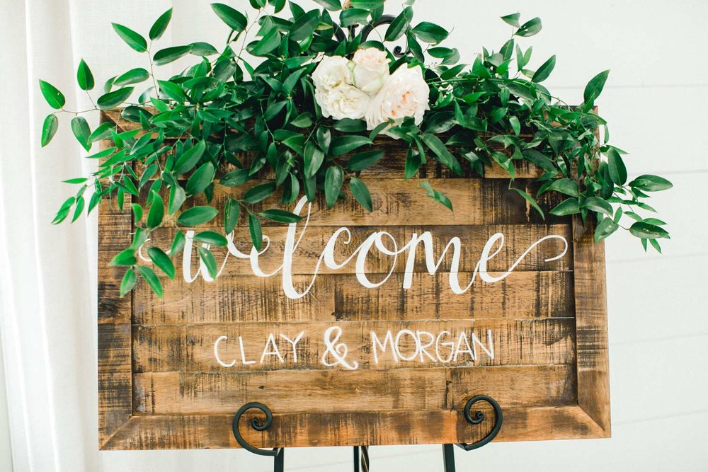 HEBERT_MORGAN_AND_CLAY_ALLEEJ_THE_FARMHOUSE_MONTGOMERY_TEXAS_WEDDING_0064.jpg