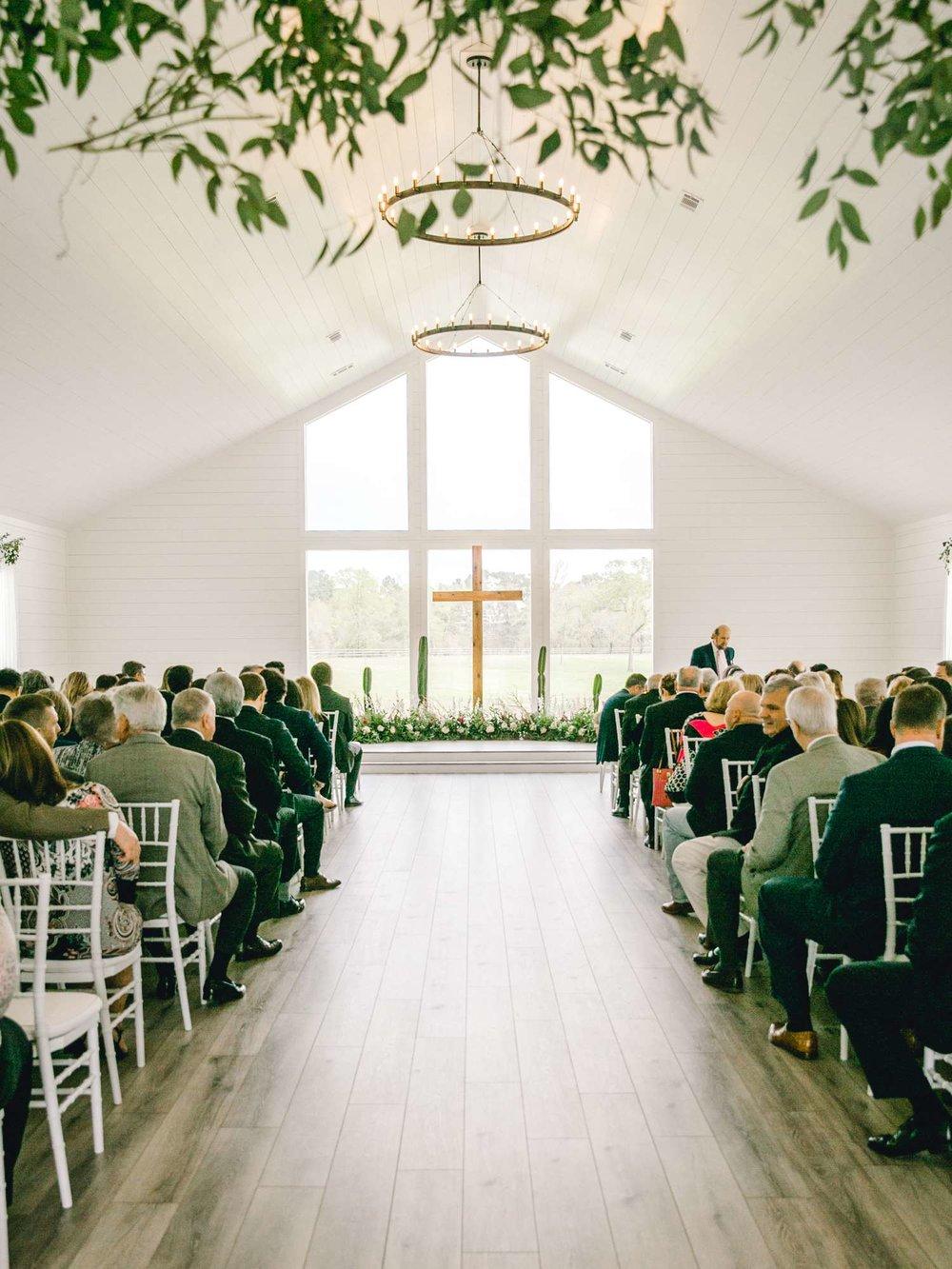 HEBERT_MORGAN_AND_CLAY_ALLEEJ_THE_FARMHOUSE_MONTGOMERY_TEXAS_WEDDING_0070.jpg