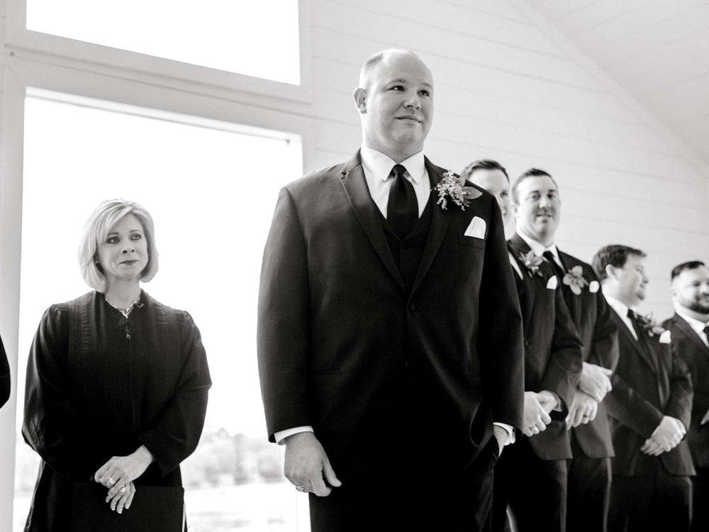 HEBERT_MORGAN_AND_CLAY_ALLEEJ_THE_FARMHOUSE_MONTGOMERY_TEXAS_WEDDING_0081.jpg