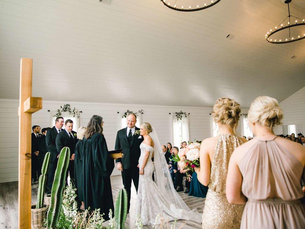 HEBERT_MORGAN_AND_CLAY_ALLEEJ_THE_FARMHOUSE_MONTGOMERY_TEXAS_WEDDING_0086.jpg