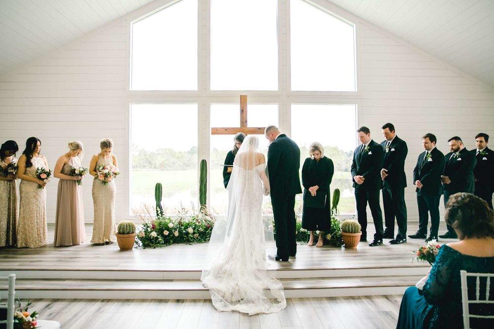HEBERT_MORGAN_AND_CLAY_ALLEEJ_THE_FARMHOUSE_MONTGOMERY_TEXAS_WEDDING_0088.jpg