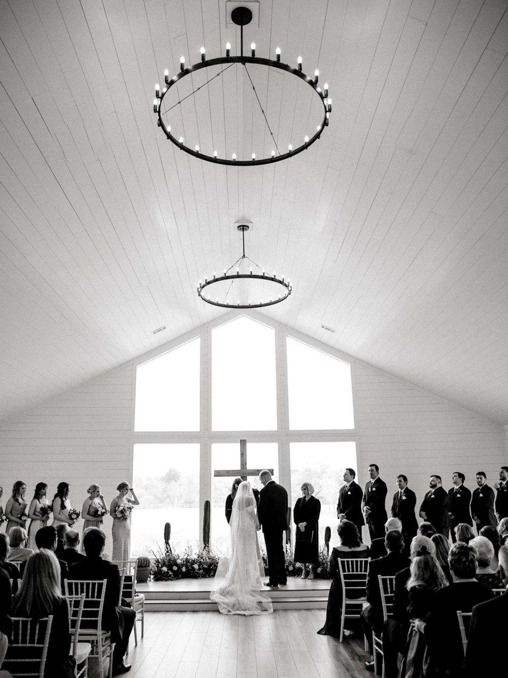 HEBERT_MORGAN_AND_CLAY_ALLEEJ_THE_FARMHOUSE_MONTGOMERY_TEXAS_WEDDING_0089.jpg