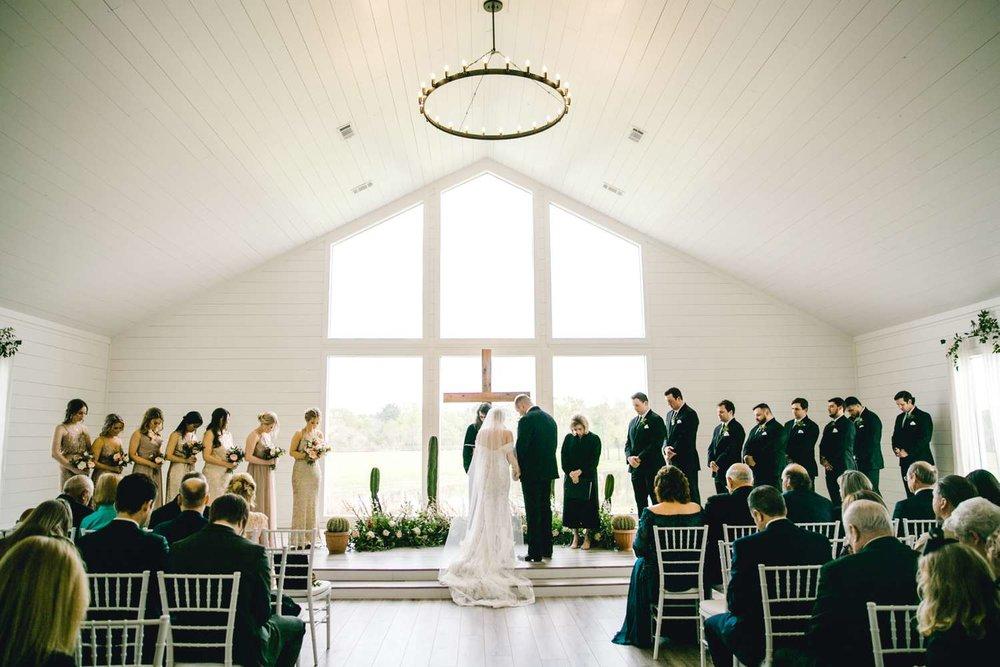 HEBERT_MORGAN_AND_CLAY_ALLEEJ_THE_FARMHOUSE_MONTGOMERY_TEXAS_WEDDING_0092.jpg