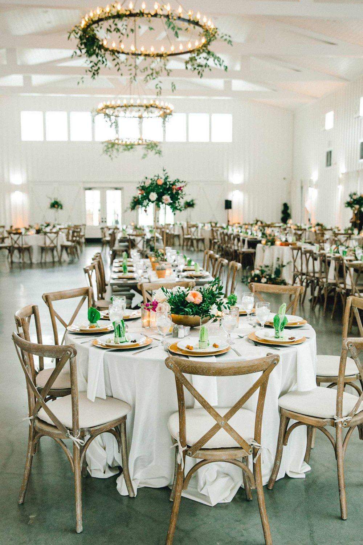 HEBERT_MORGAN_AND_CLAY_ALLEEJ_THE_FARMHOUSE_MONTGOMERY_TEXAS_WEDDING_0155.jpg