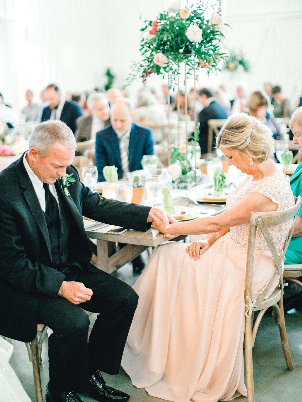 HEBERT_MORGAN_AND_CLAY_ALLEEJ_THE_FARMHOUSE_MONTGOMERY_TEXAS_WEDDING_0184.jpg