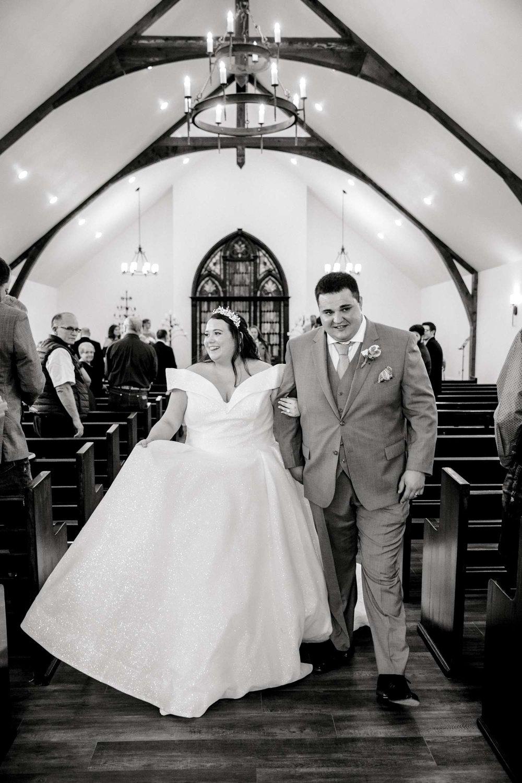 CASSIDY+AND+HARLEY+BRADLEY+EBERLEY+BROOKS+CHAPEL+LUBBOCK+WEDDING+PHOTOGRAPHER+ALLEEJ_0083.jpg