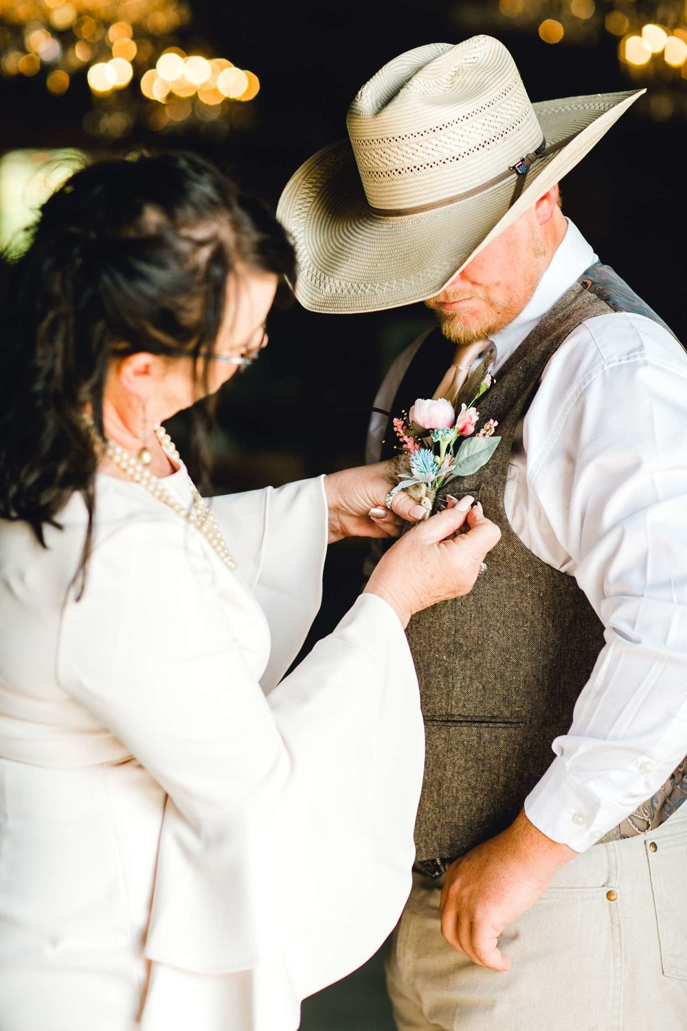 SARAH+TREVOR+BADGETT+SPARROW+CREEK+GRAHAM+TEXAS+ALLEEJ+WEDDINGS_0026.jpg