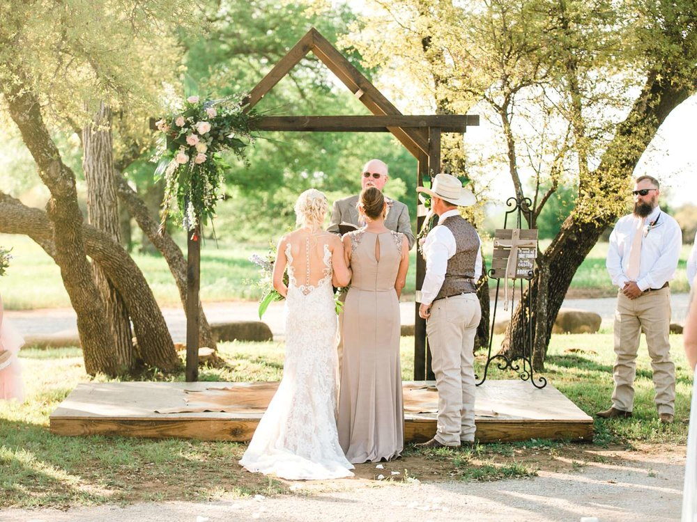SARAH+TREVOR+BADGETT+SPARROW+CREEK+GRAHAM+TEXAS+ALLEEJ+WEDDINGS_0057.jpg