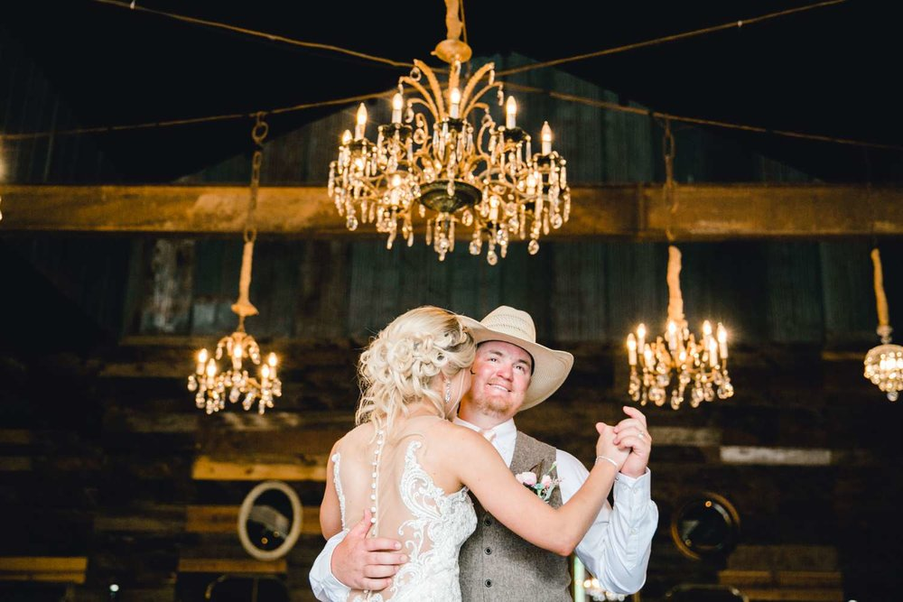 SARAH+TREVOR+BADGETT+SPARROW+CREEK+GRAHAM+TEXAS+ALLEEJ+WEDDINGS_0117.jpg
