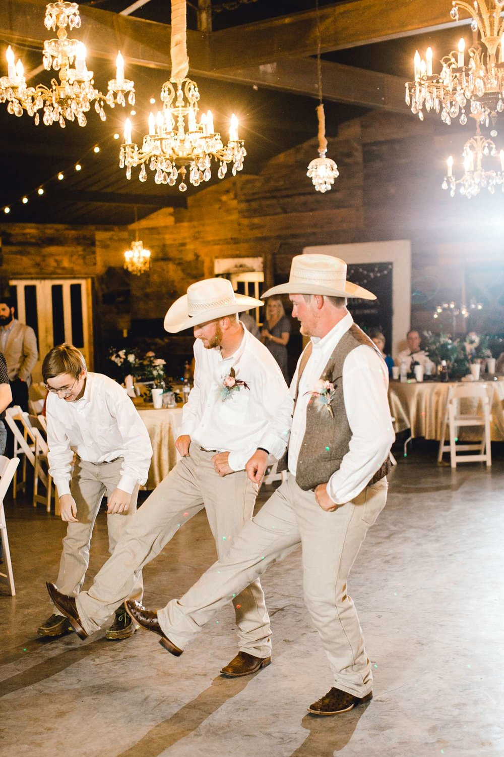 SARAH+TREVOR+BADGETT+SPARROW+CREEK+GRAHAM+TEXAS+ALLEEJ+WEDDINGS_0157.jpg