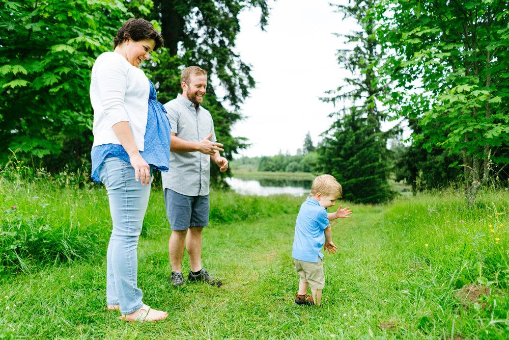 Family Portrait Photography at Clark Lake Park in Kent, Washington