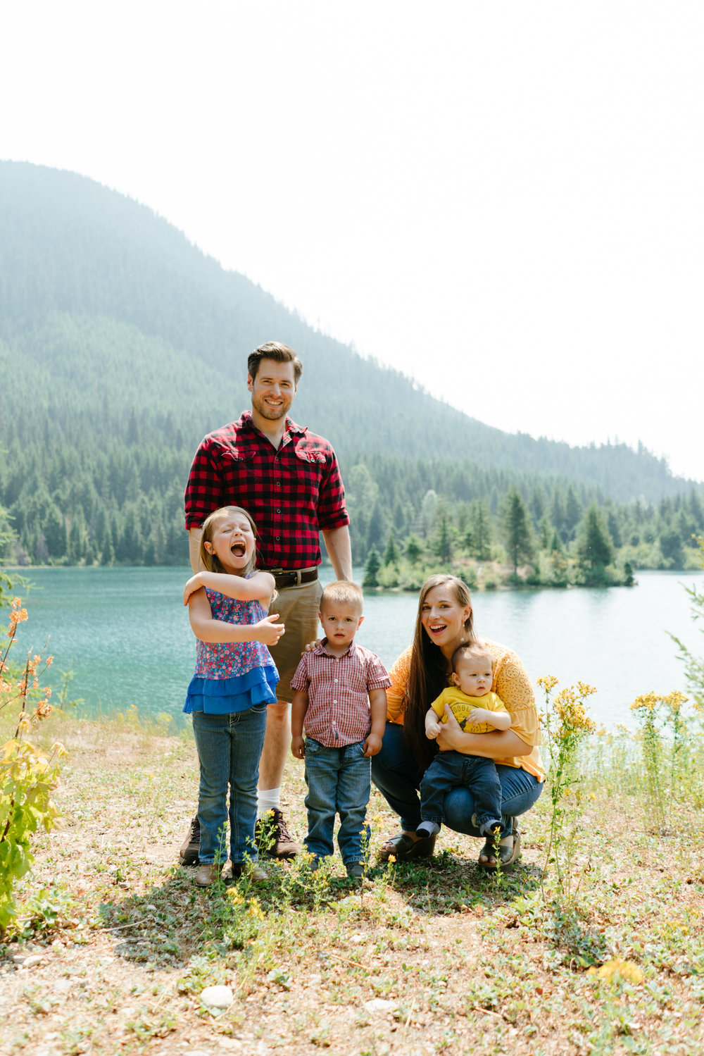 Family Photography at Gold Creek Pond on Snoqualmie Pass, Washington