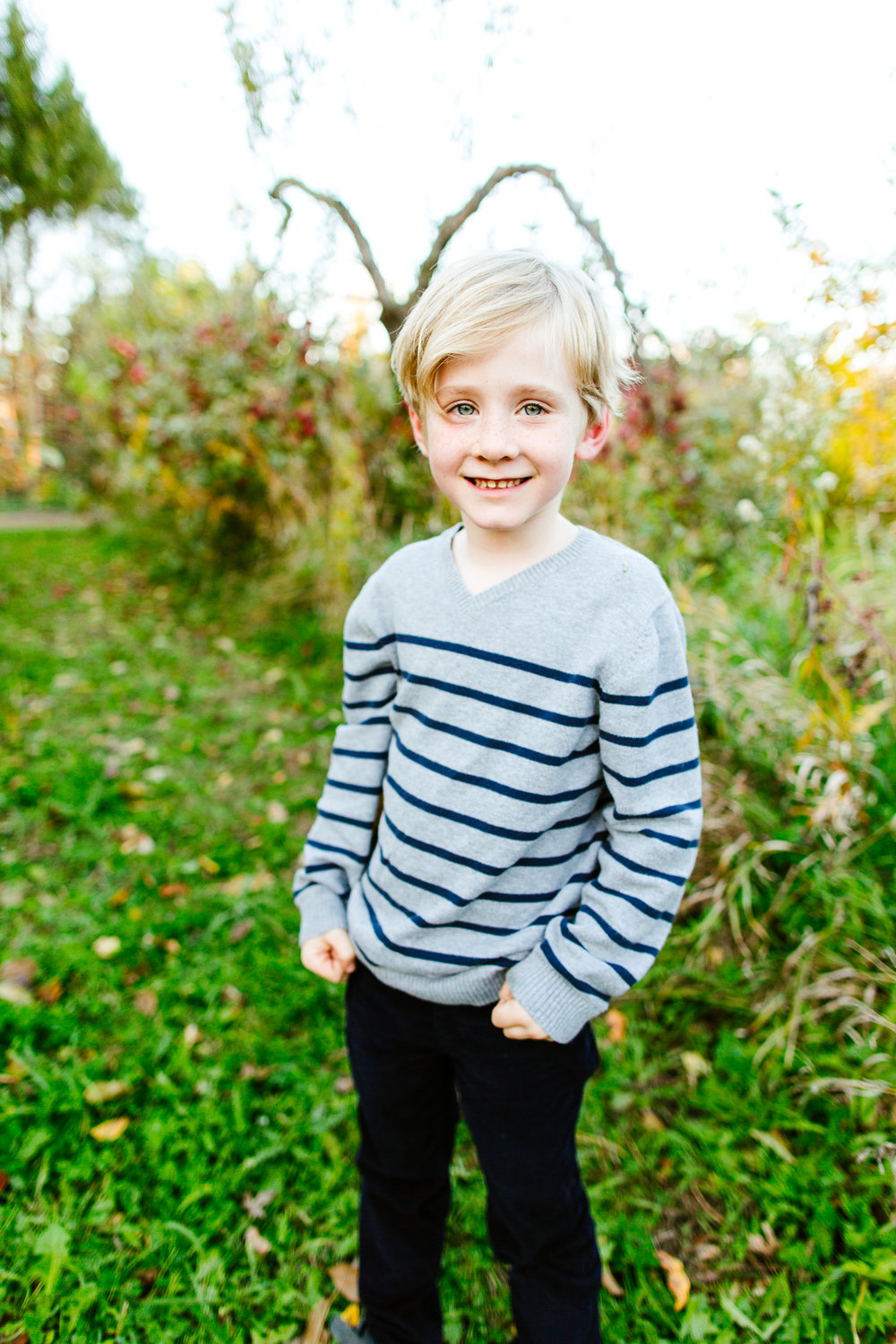 Bothell Family Photography At An Apple Orchard