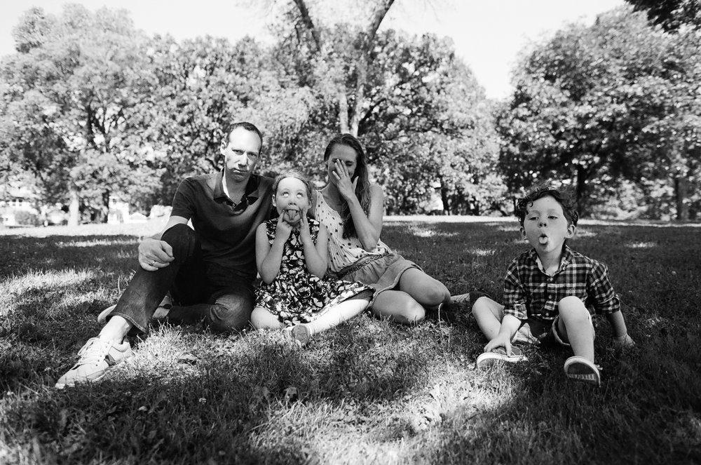 Lincoln Park Seattle Family Portrait Photos