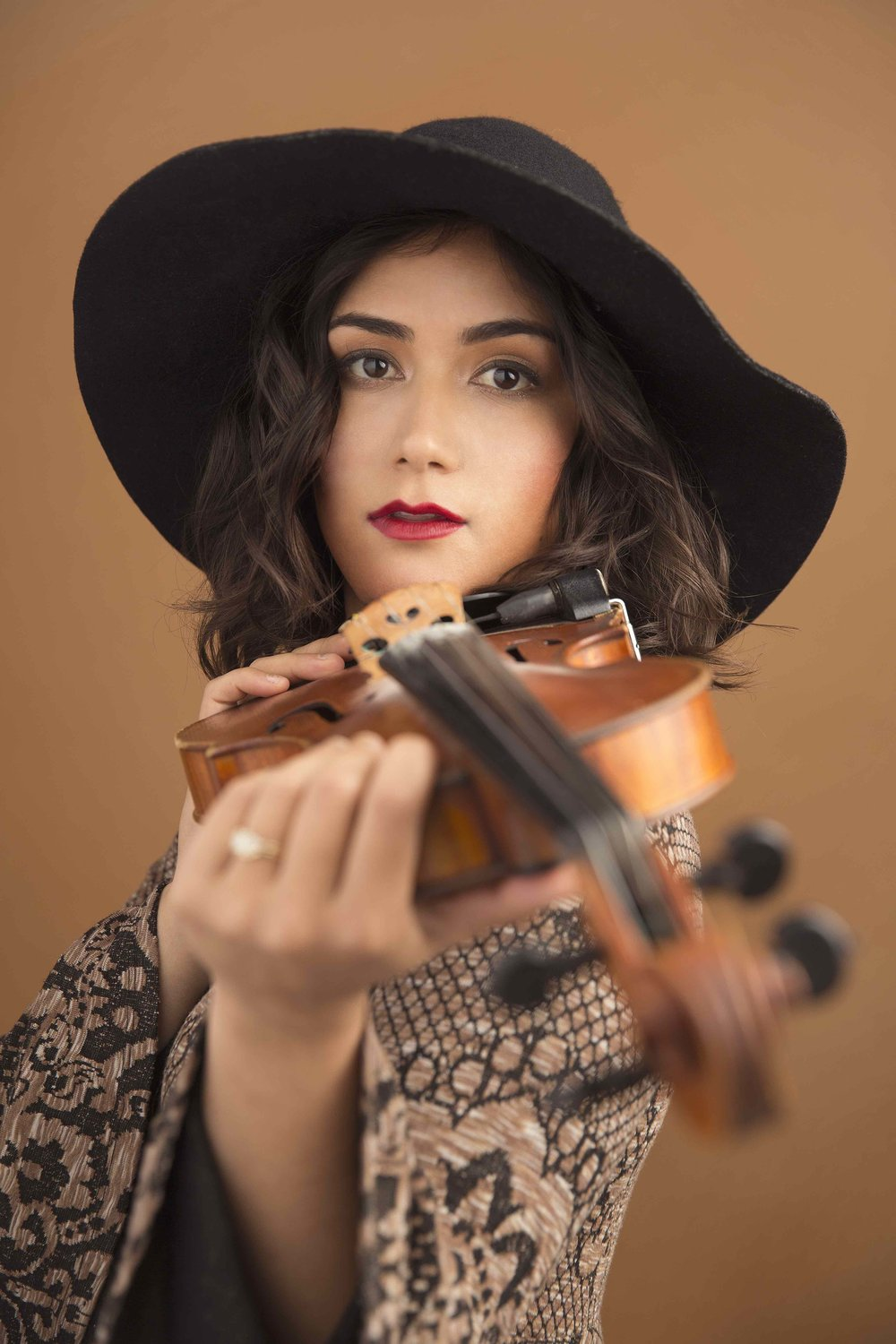 Phoebe Hunt | fiddle