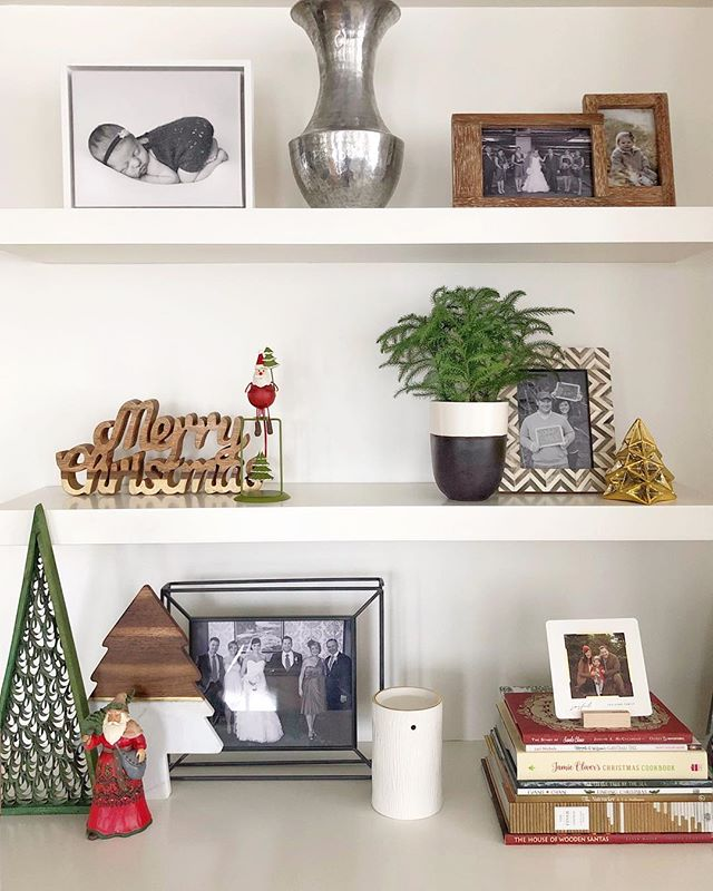 A jolly ol' shelf decked out for the season🎄The shopping is done, presents are wrapped, festive fun in St. John's has been had, and now it's time for Christmas with our family and friends in Nova Scotia. Currently on the plane and bursting with excitement✨ Let the holidays begin! Merry Christmas, everyone 😊 . . . . . . . . . . #christmasshelfie #christmasdecor #holiday #ornaments #festivedecor #interiordesign #interiordecor #christmas2018 #modandstanley