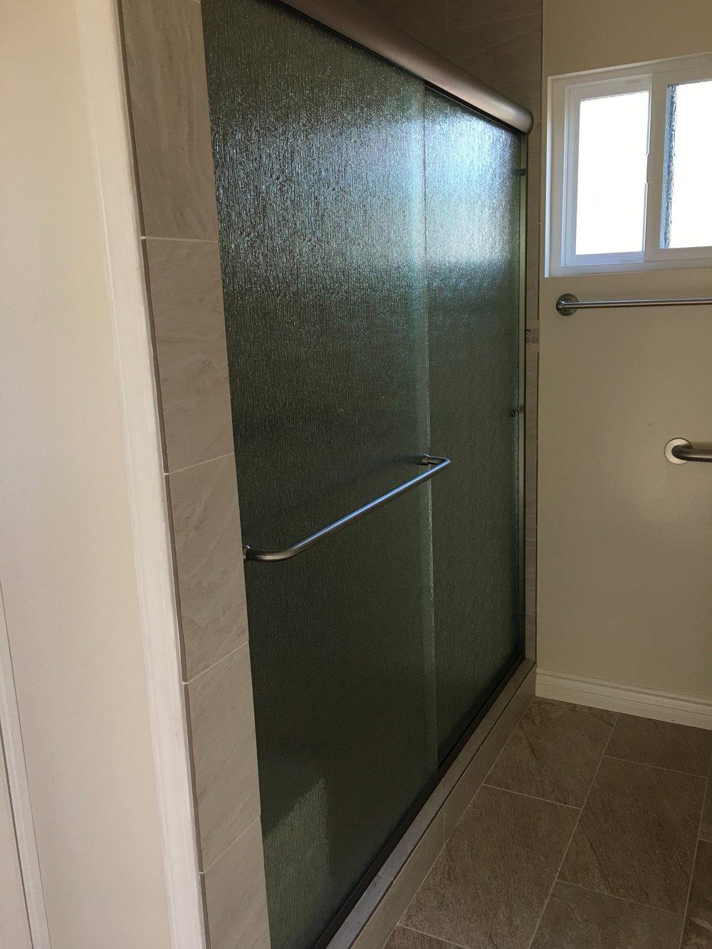 Sliding Framed Shower Door