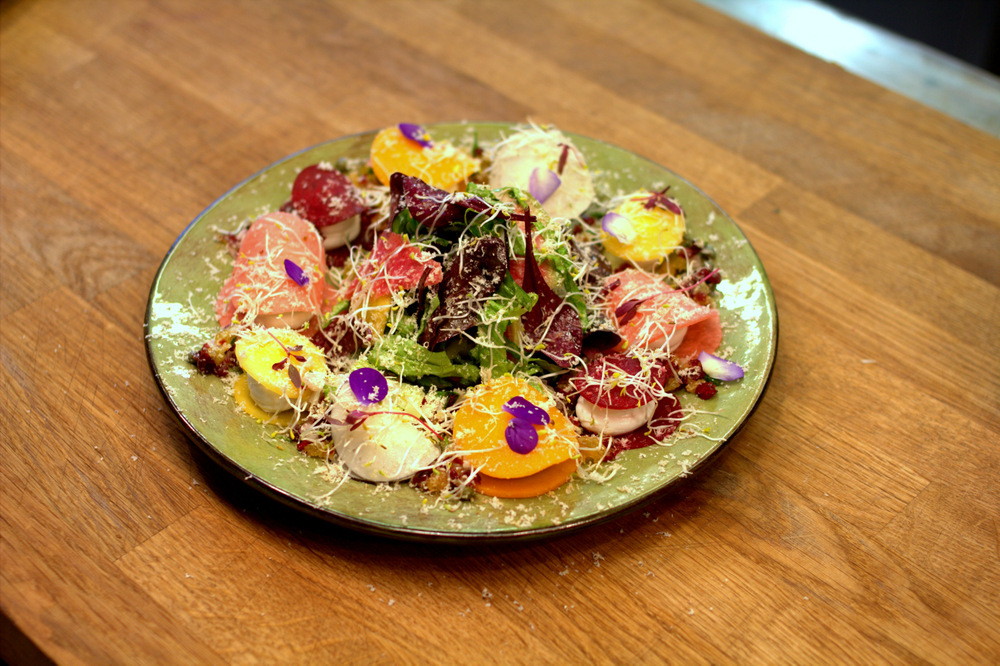 Raw vegetable ravioli with  black radish, butternut squash, classic beetroot, swede, watermelon radish and sprouts