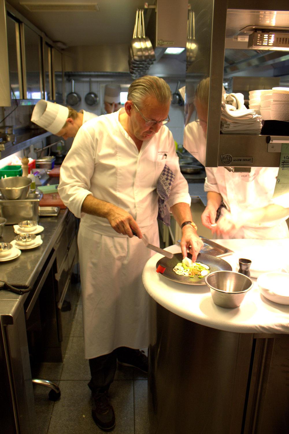 peter goossens plates the cod dish
